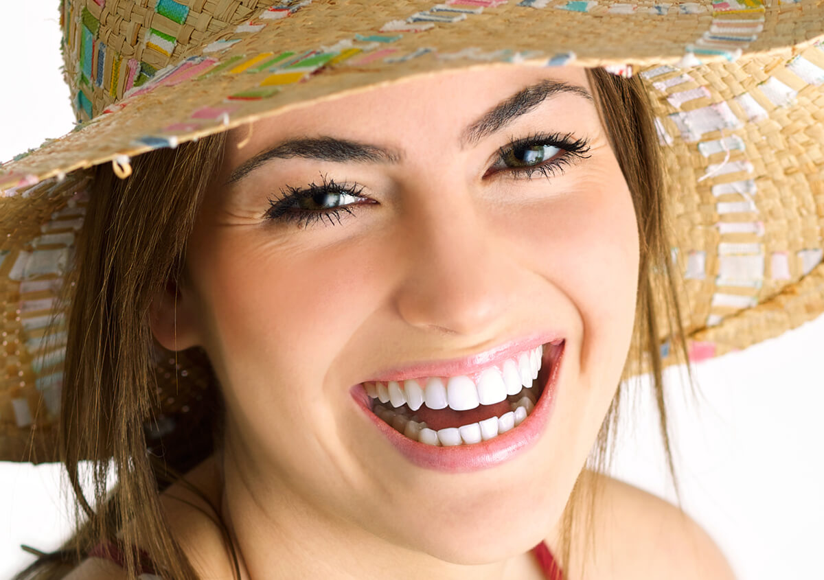 Teeth Reconstruction at Edward J Camacho DDS & Confidence Builder Cosmetic Dentistry in San Antonio TX Area